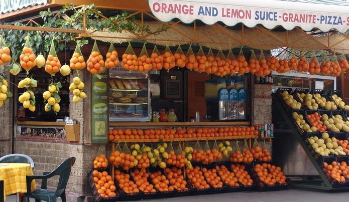 水果小店装修图